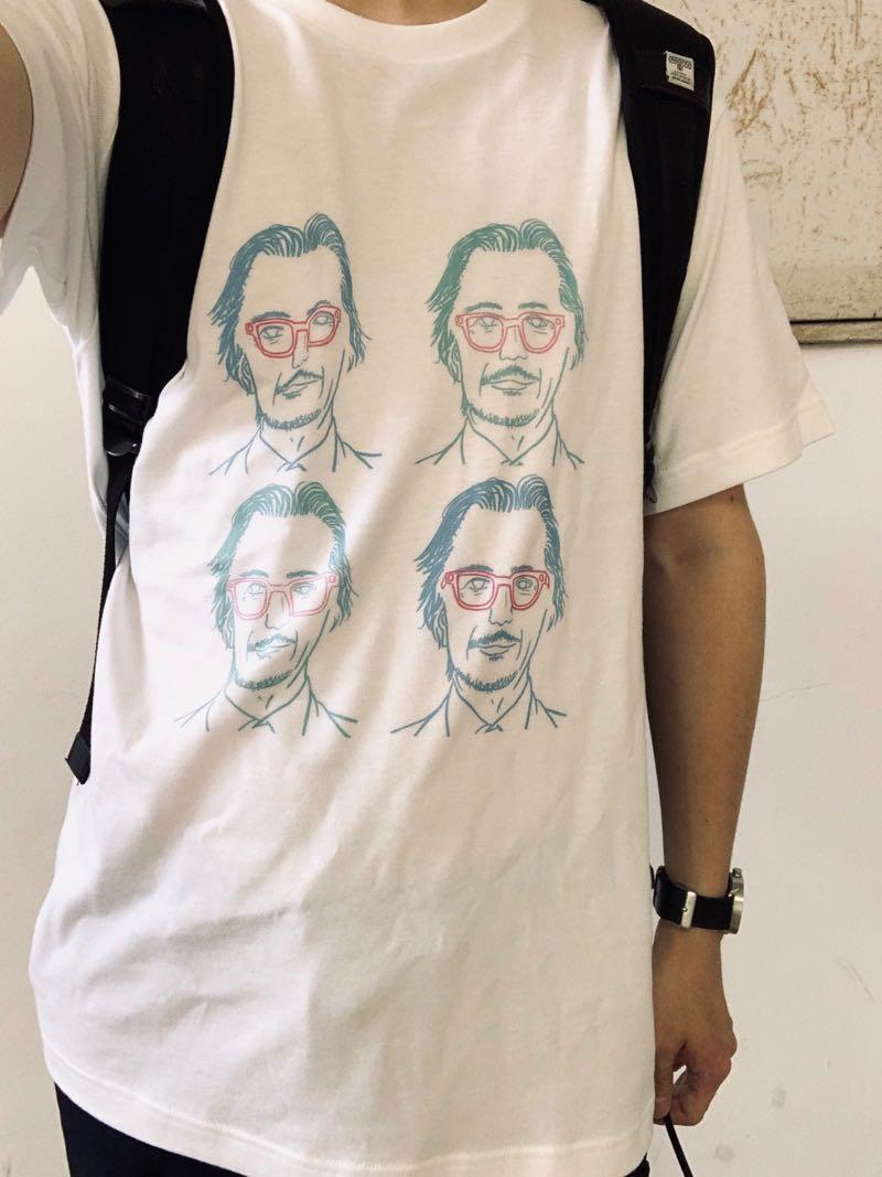 neochiradioのオリジナルTシャツピンクメガネのおじさんT