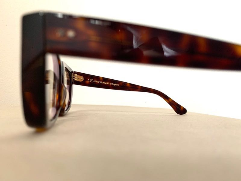 メガネ オリバーゴールドスミス 色眼鏡
