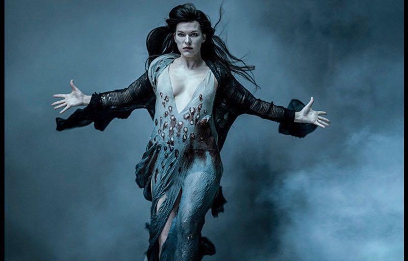 ヘルボーイの宿敵役の最強の魔女はミラジョヴォヴィッチ
